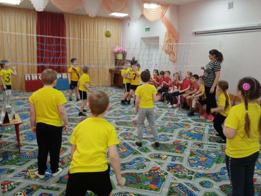 Необычные соревнования состоялись в Кашарском детском саду №1 «Тополёк»