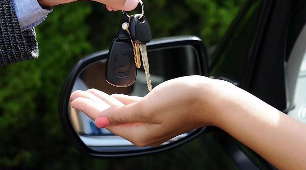 Продать машину и не заплатить налог: легально