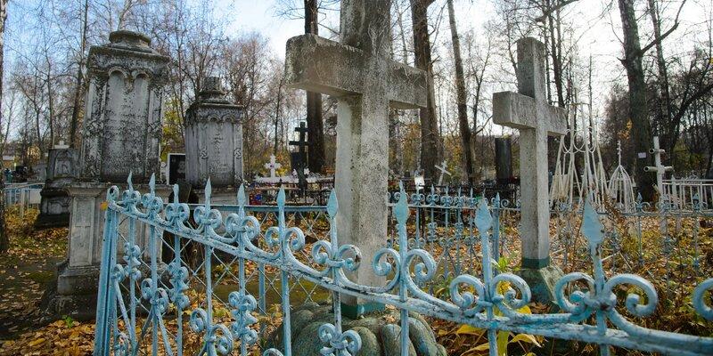 На кладбище в столице региона пропадают могилы усопших