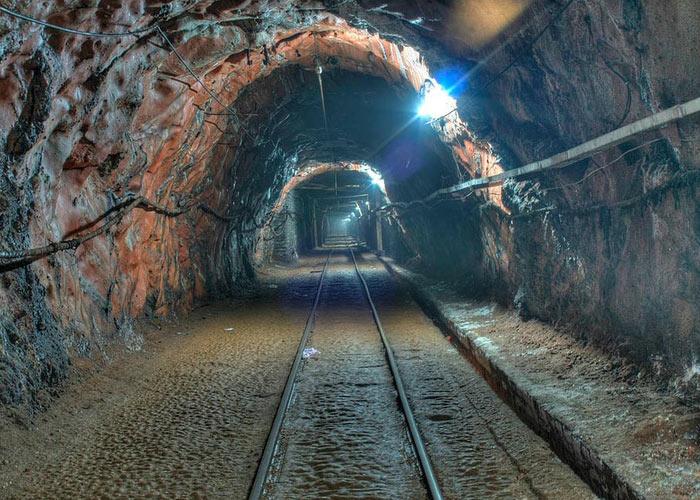 Какая шахта самая глубокая, и что ожидает шахтёров на глубине 12 км?