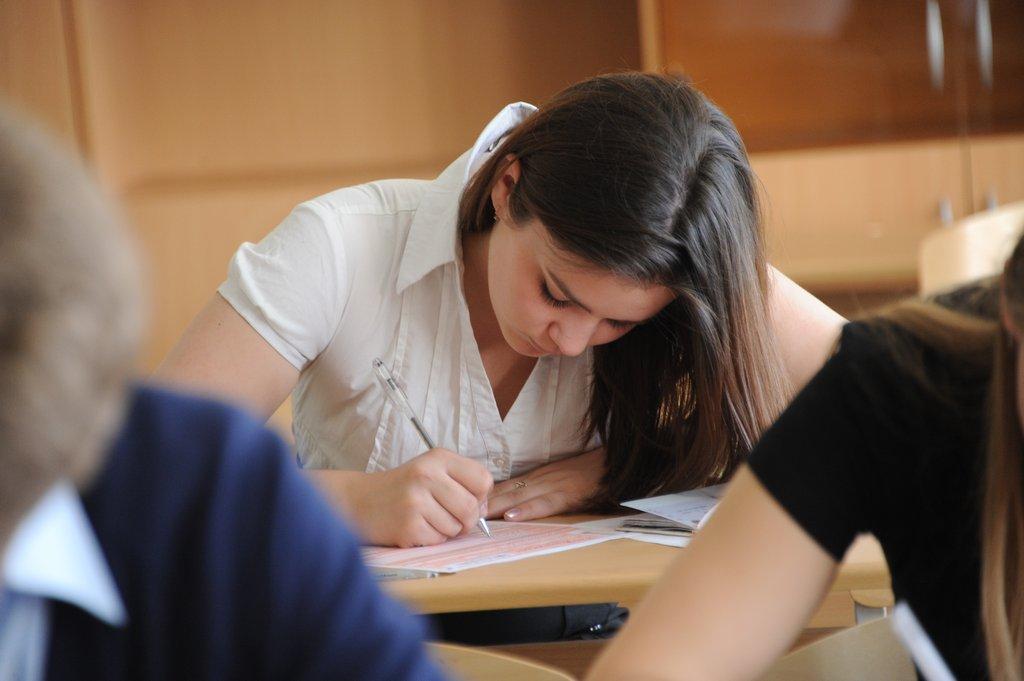 Утверждены пять направлений тем итогового сочинения на новый учебный год