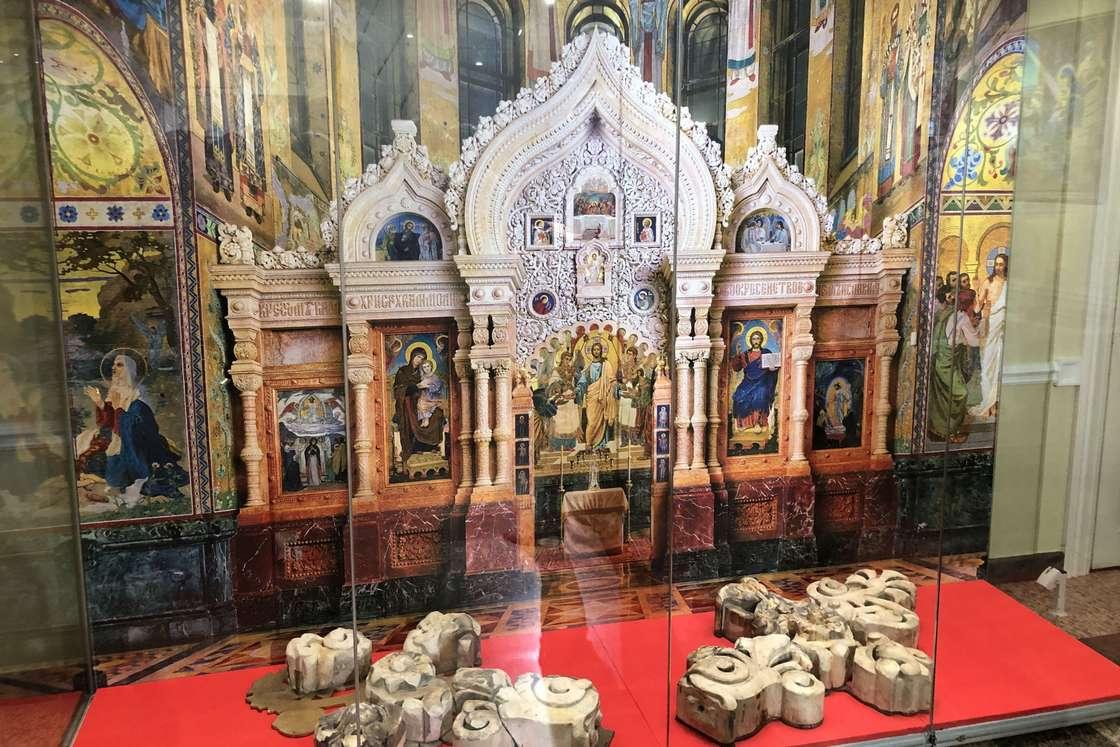 В Донской столице открылась выставка «Храм-реквием»
