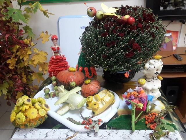 Выставка «Дары осени» прошла в СРО Кашарского района